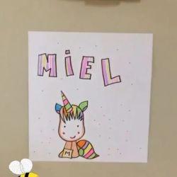 Las fotos más tiernas de Miel, la hija de Mike Amigorena