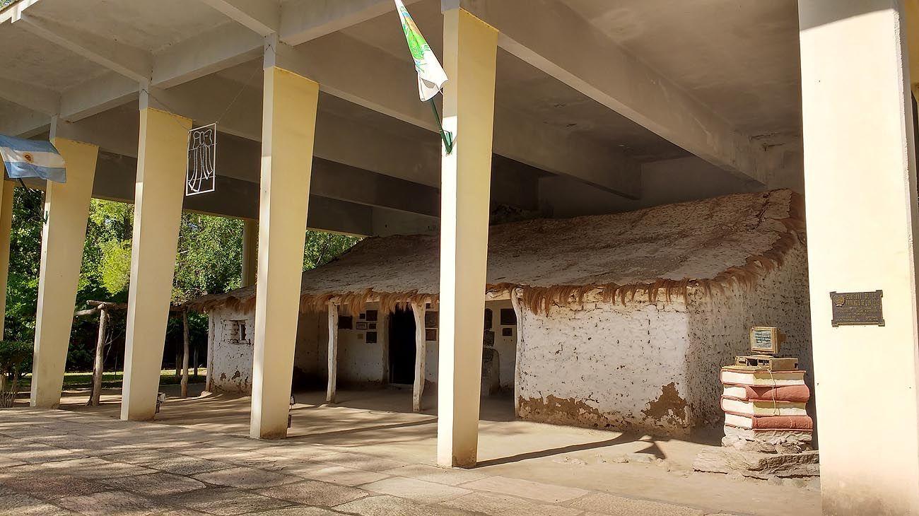 Así es la primera escuela que fundó Sarmiento a los 15 años