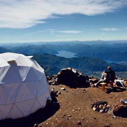 Campamento en el volcán Lanín.
