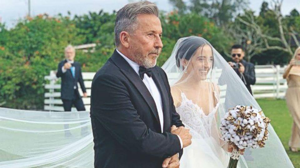 Todas las fotos de la romántica boda de Evaluna, la hija menor de Ricardo Montaner