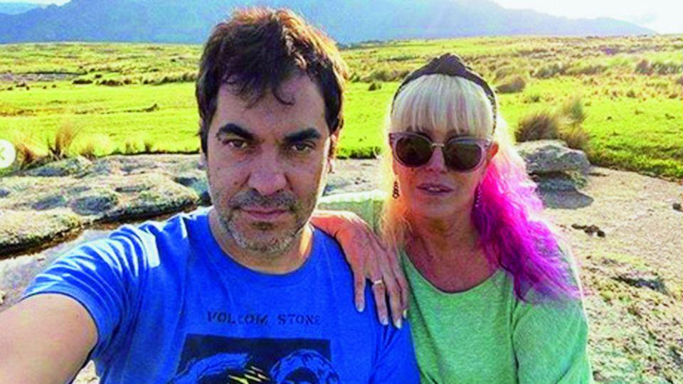 Ya no se ocultan: Valeria Lynch y Mariano Martínez juntos de vacaciones