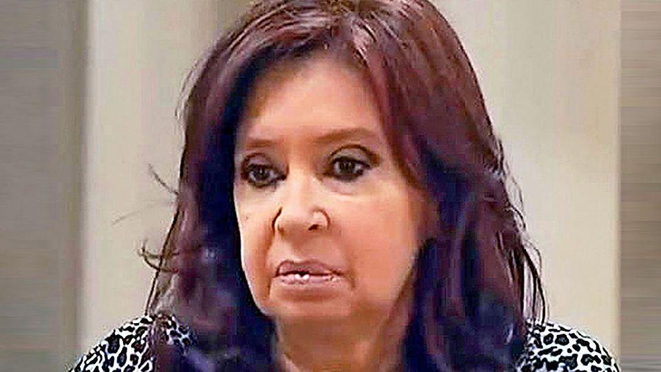 Pesadumbre. Mental y física de Cristina en Cuba.