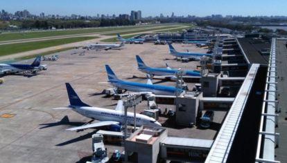Aeroparque vuelve a recibir vuelos regionales.