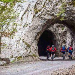 Trans Slovenia 01 propone un recorrido de siete días que conecta Eslovenia, Italia y Croacia.