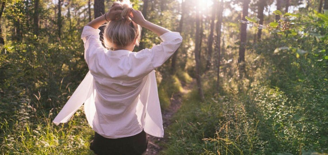 Camisa blanca: cómo combinarla a la moda y sin aburrirte