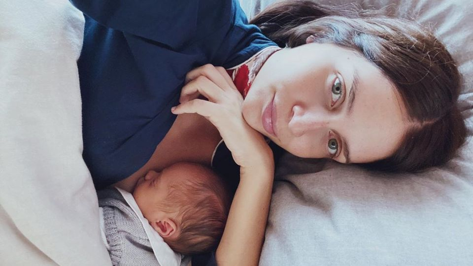 Zaira Nara mostró una foto de su bebe chupándose el dedo y enterneció a todos
