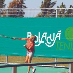 La alegría entrerriana se refleja en la animación que durante todo el día tiene Bolacuá. Además de las piletas, cuentan con canchas de tenis, fúltbol y beach vóley.