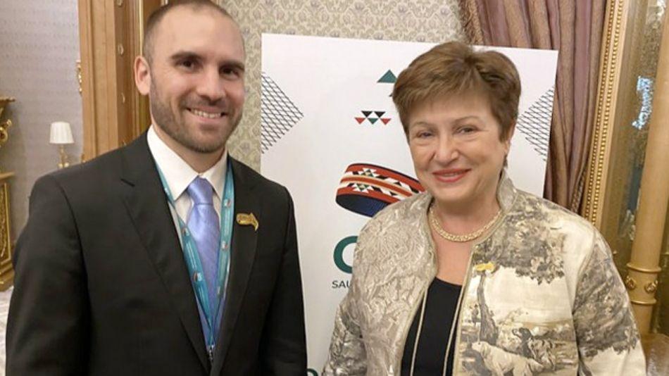 El ministro Guzmán y la titular del FMI, Kristalina Goergieva.