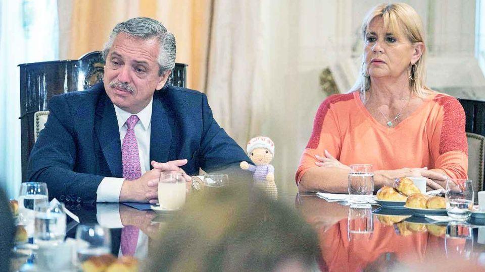Idea. El presidente Alberto Fernández y la ministra Marcela Losardo defendieron un proyecto que generó polémicas.