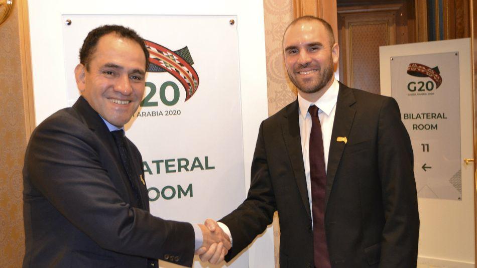 Martín Guzmán, con el secretario de Tesoro estadounidense, Steve Mnuchin, en Cumbre de Ministros de Finanzas en Riad.