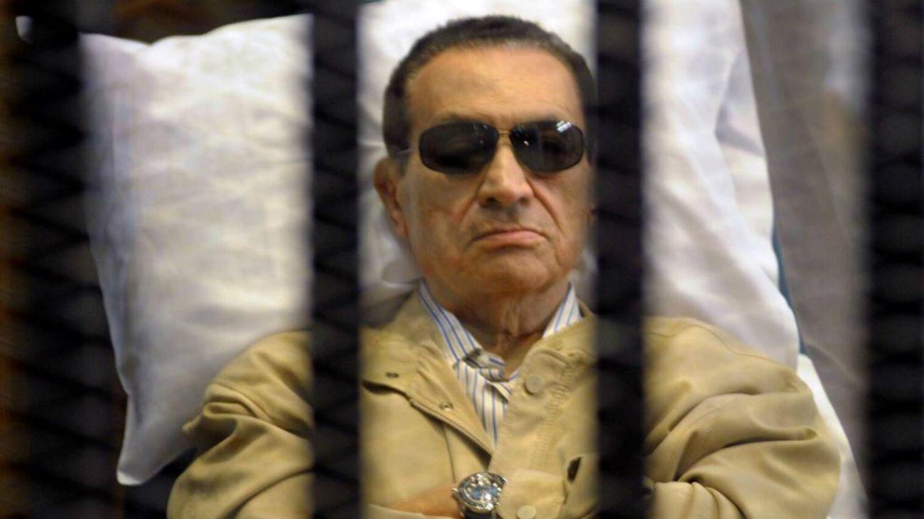 """Murió Hosni Mubarak, el """"faraón"""" egipcio que cayó por la Primavera Árabe"""
