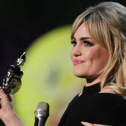 Su álbum debut fue sinónimo de premios, ventas y éxito global