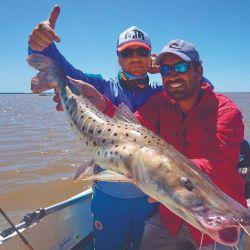 Pablo Lescano disfrutó de un excelente día de pesca en el Río de la Plata.