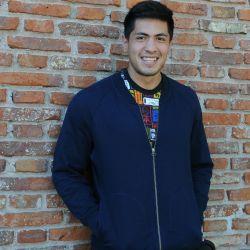 Braian Toledo, un atleta solidario. // Sergio Piemonte