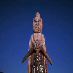 En Waka Adventures Tairawhiti, en Eastland, se puede experimentar la cultura maorí y el renacimiento de los antiguos viajes con el maestro marinero Te Aturangi Nepia-Clamp.