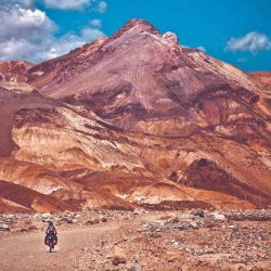 Nuestros bikers desafían el Abra de Acay, un reto extremo a 4.700 metros de altura.