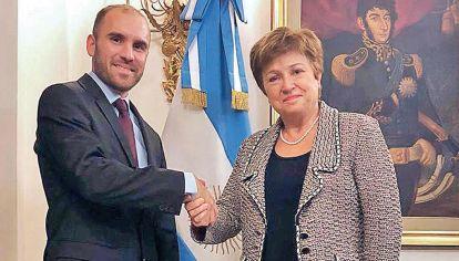 """Vínculo. El ministro Guzmán y Georgieva, titular del Fondo, negocian un arreglo """"solo por la deuda"""", pero con garantía de más caja, como anticipó PERFIL."""