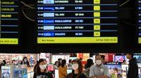Por el coronavirus varias aerolíneas cancelaron los vuelos hacia y desde China.