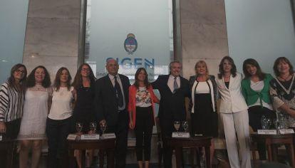VIDEO: El reto de Alberto Fernández a los hombres