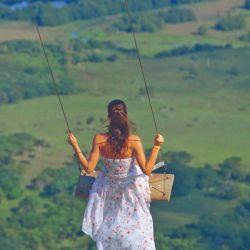 En la montaña Redonda, cerca de Miches, uno se puede hamacar hasta el cielo.