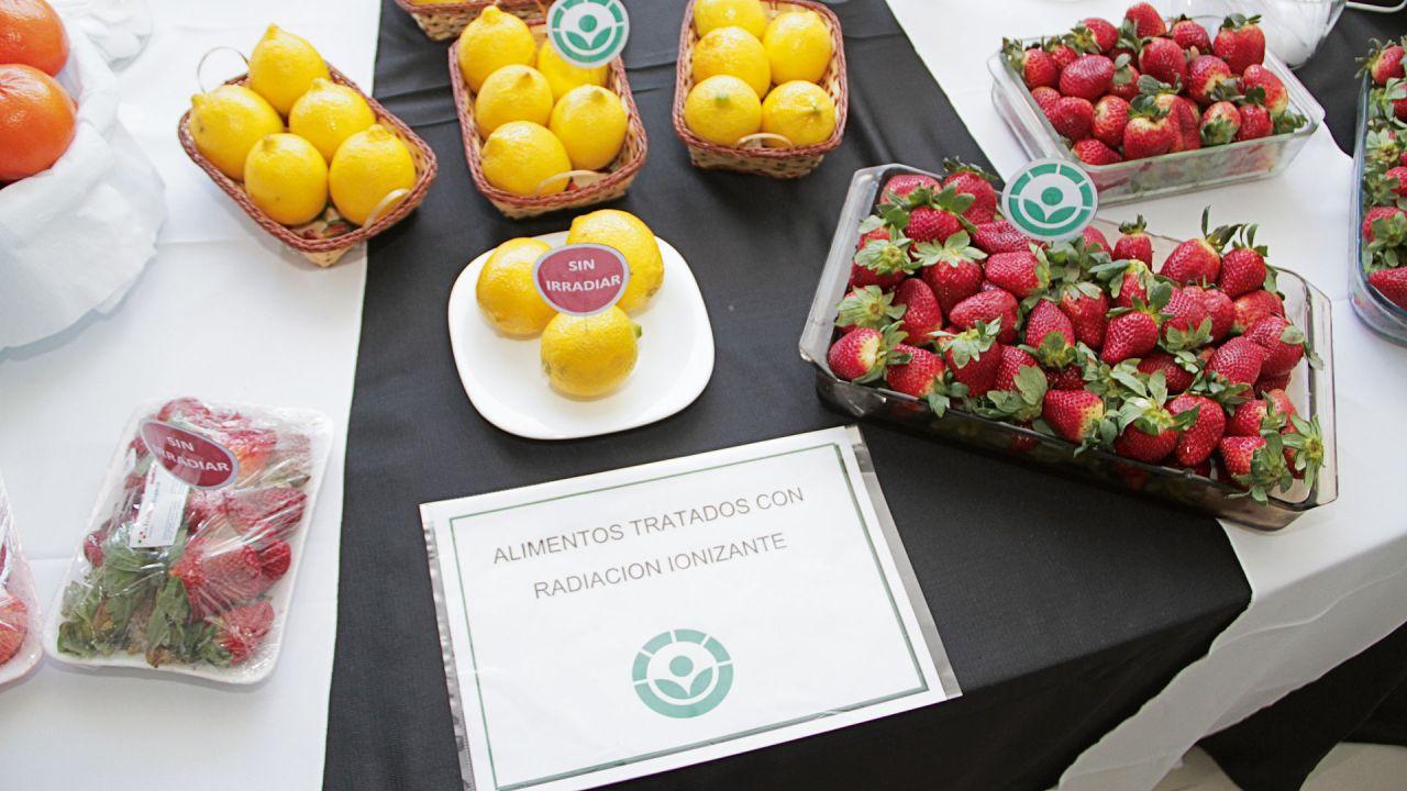 Los alimentos irradiados no precisan de aditivos químicos para conservarse durante meses.    Foto:CNEA.