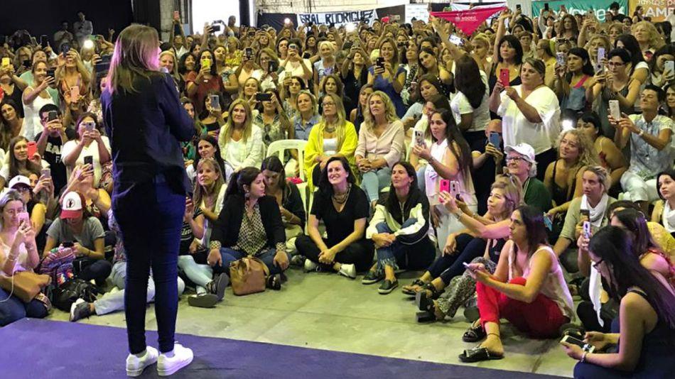 Vidal, en su vuelo rasante por el acto de mujeres en San Fernando.