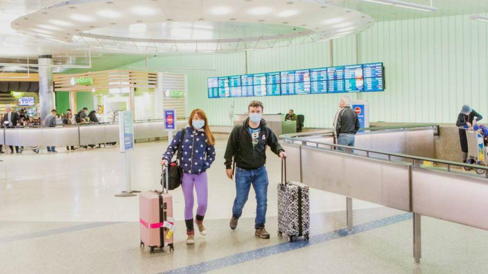 coronavirus aeropuerto miami