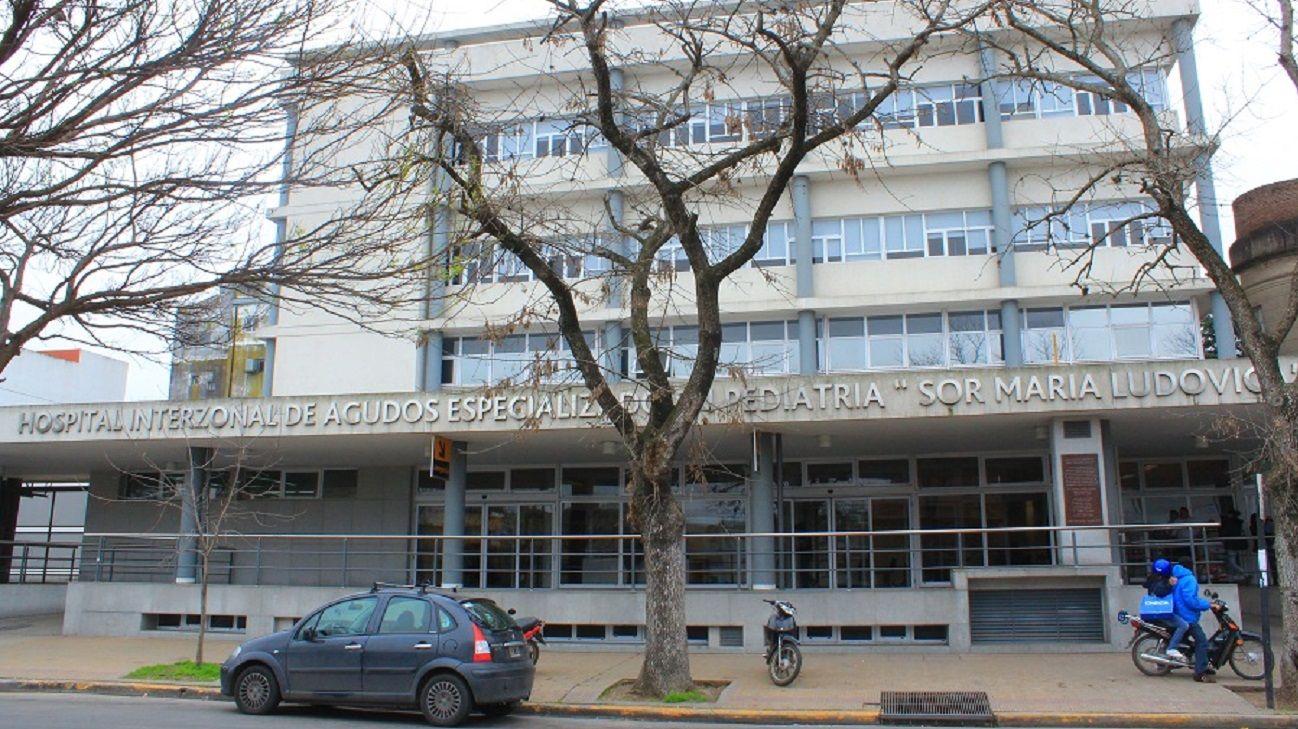 Tres menores fueron internados en el Hospital de niños de La Plata con síntoma se coronavirus