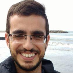 Juan M. Piscicelli es licenciado en Ciencias Biológicas y responsable de auditar pescados en los concursos.