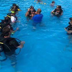 Prácticas de buceo deportivo.