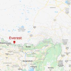 El Everest se ubica en la frontera entre China y Nepal.