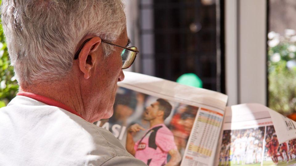 La gente mayor de 60 años son más susceptibles de contraer el coronavirus.