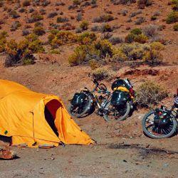 La carpa cuatro estaciones nos permitió acampar en altura mucho más tranquilos y seguros del climas.