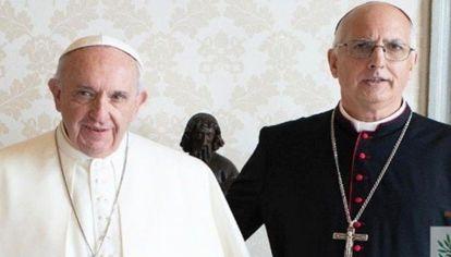 El encuentro entre el obispo castrense y el Papa