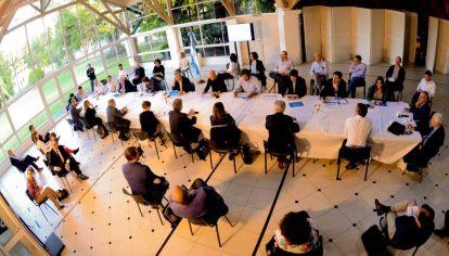 Reunión de ministros en la Quinta de Olivos.