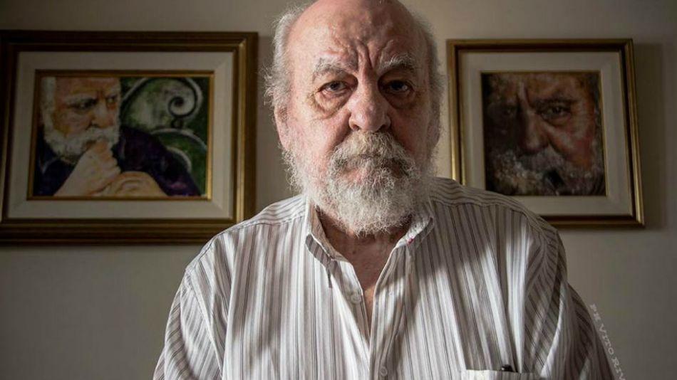 Roberto Tito Cossa.