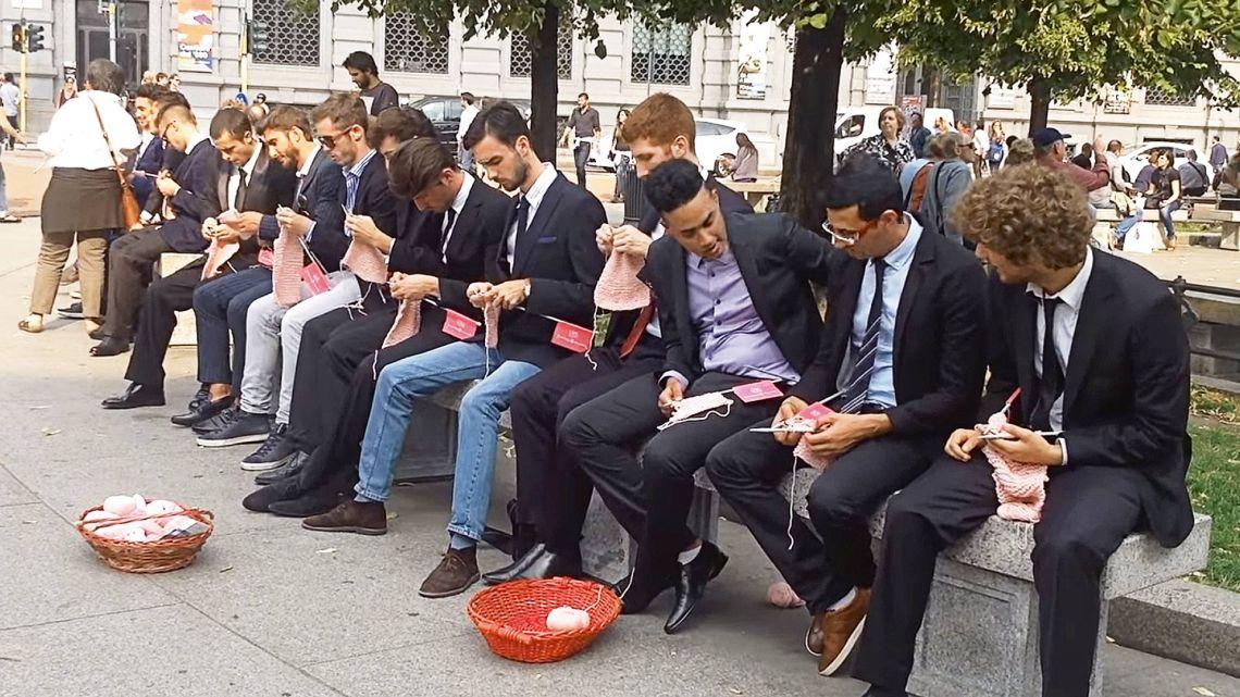 Hombres que tejen | Foto:cedoc