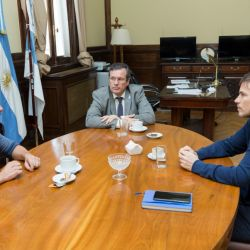 Enrique Avogadro, Tristán Bauer y Augusto Costa | Foto:Cedoc