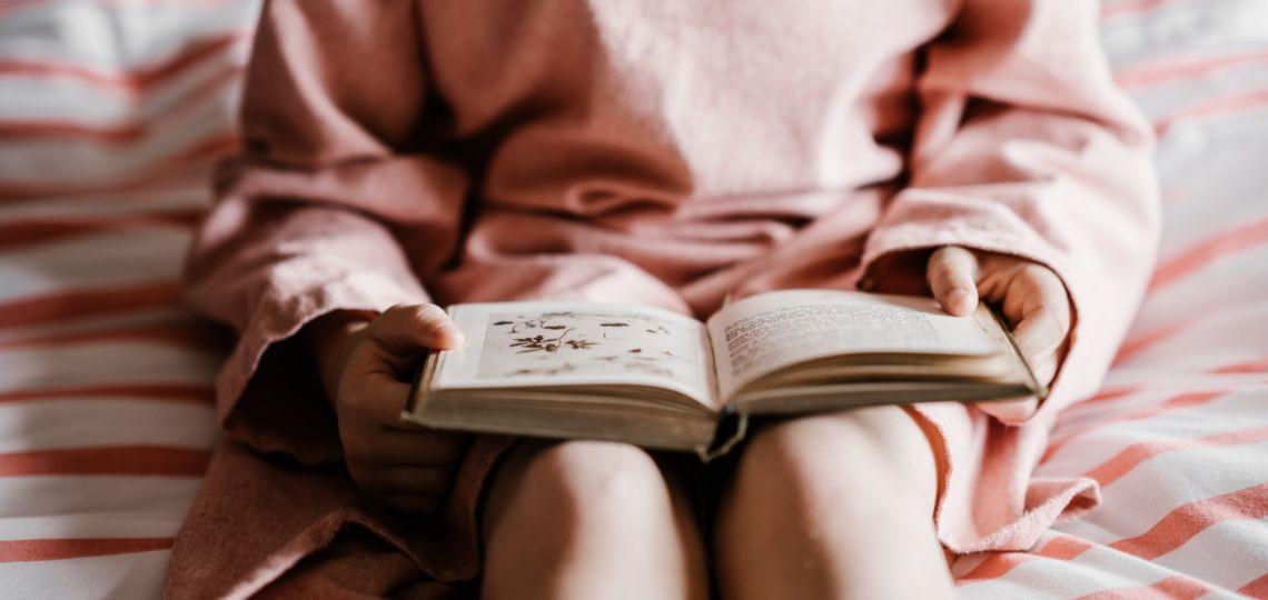 7 títulos de autoras nacionales para leer en el Día Nacional del Libro