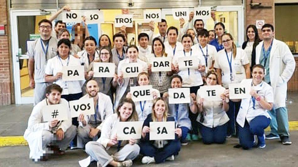 20200322_medicos_hashtag_quedateencasa_gza.austral_g