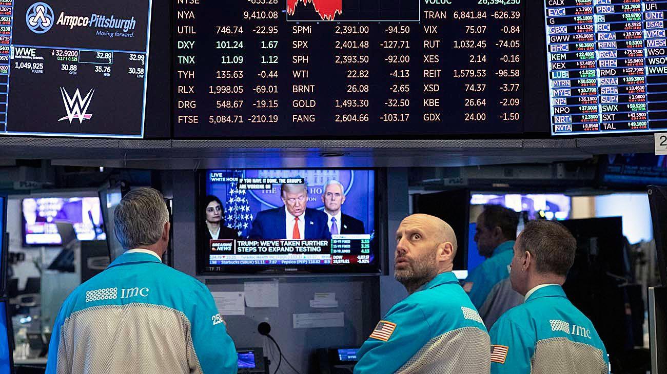 Riesgos. La mayor volatilidad de las bolsas puede generar una crisis de deuda y un colapso financiero más amplio.