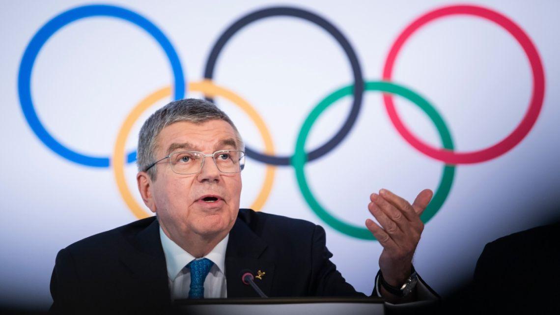 El COI se toma cuatro semanas para evaluar si posterga los Juegos Olímpicos