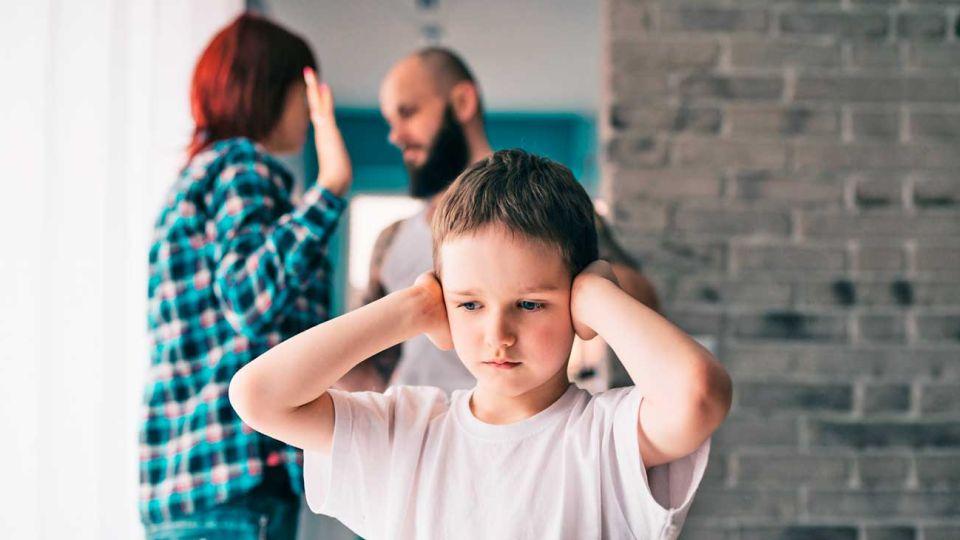 Formas. El decreto contempla opciones para que ambos progenitores estén en contacto con los niños.