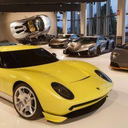 El Museo Lanborghini ofrece la posibilidad de subirse a bordo de algunos de los coches expuestos, como un Lamborghini Huracán.