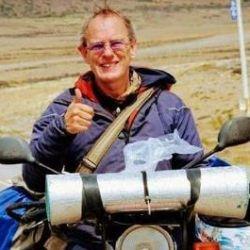 Paul Shepherd, británico de 58 años, varado en Trelew y agradecido por la hospitalidad de los locales.