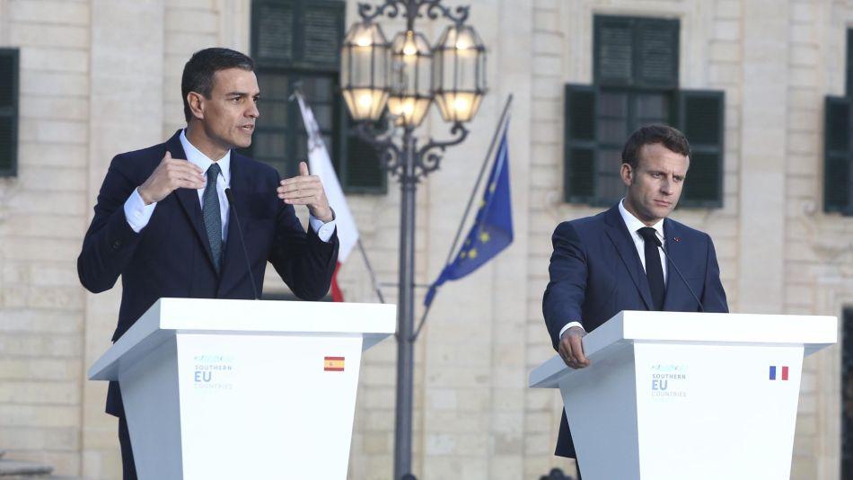 Pedro Sanchez y Emanuel Macrón 20200325