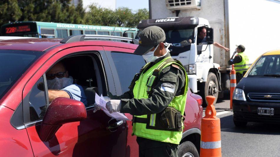 Las fuerzas de seguridad nacionales participan del control del aislamiento social obligatorio