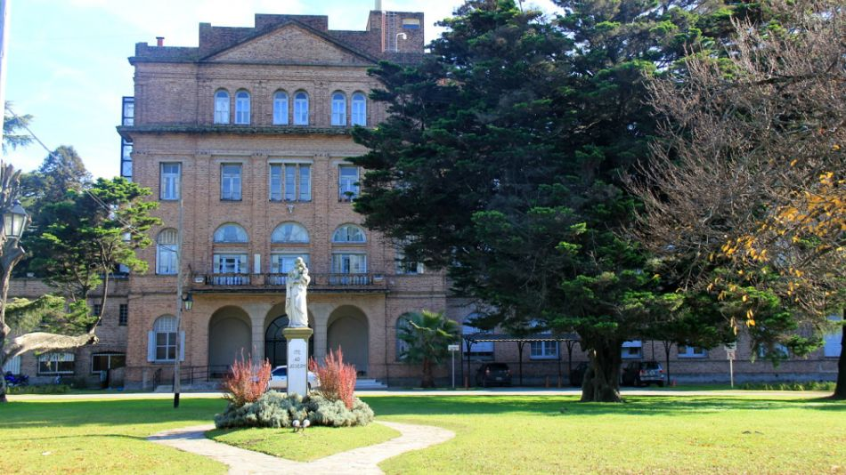 El Colegio Máximo, de San Miguel, ayudará en la atención a enfermos de coronavirus.