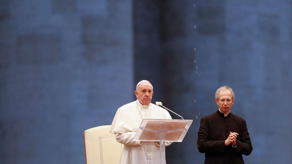 papa-francisco-bendicion-plenaria-27032020-6