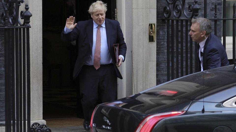 El primer ministro británico dió positivo a la evaluación de Coronavirus.